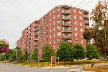 CAPREIT William Apartments