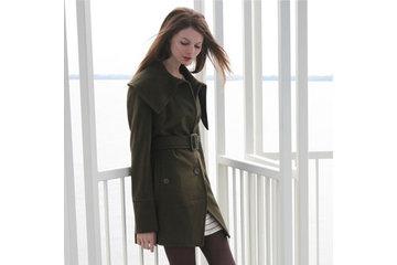 Urban Outfitters - WOMEN'S ONLY à Montréal: Source : Official Website