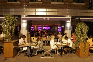 Versa Restaurant-Bar