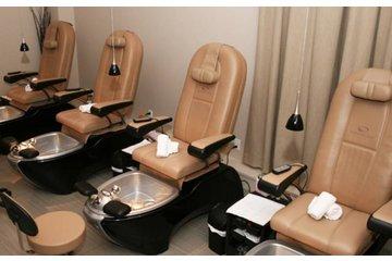 Renu Massage Therapy & Spa