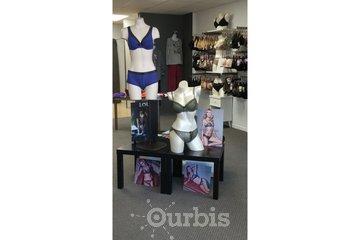 BÉA - Boutique de lingerie in Beloeil: BÉA - Boutique de lingerie fine - Corseterie - Prothèses mammaires externes - Sous-vêtements adaptés