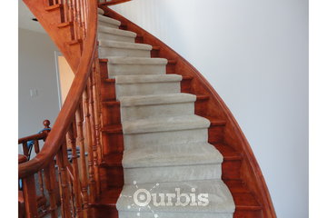 5 Star Cleaning, 24/7 Water Damage Restoration in Richmond Hill: Step and stairs green cleaning services