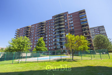CAPREIT Le Comesol Apartments