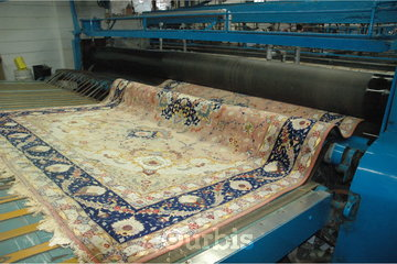 5 Star Cleaning, 24/7 Water Damage Restoration in Richmond Hill: Professional rug cleaning services at our plant
