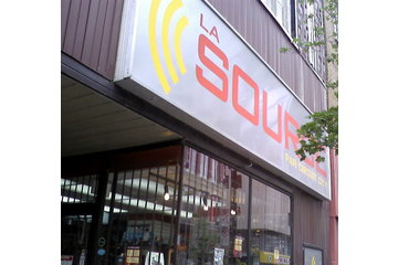 The Source By Circuit City à Montréal