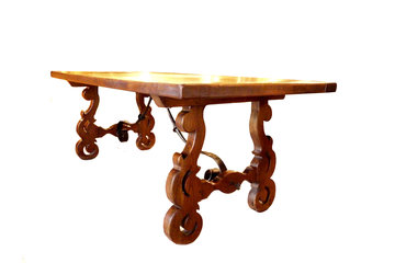 The Antique Warehouse à Vancouver: 19th Century Italian Rustic Table