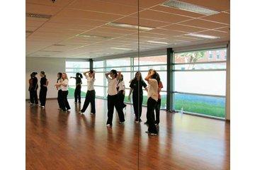 Collège St Jean Vianney à Montréal: Salle de danse du Collège privé St-Jean-Vianney à Montréal