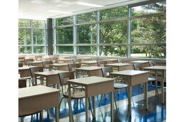 Collège St Jean Vianney à Montréal: Un local de cours du Collège St-Jean-Vianney école secondaire privée à Montréal