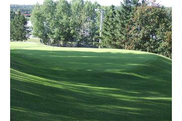 Club de Golf de St-Jean-de-Dieu Inc à Saint-Jean-de-Dieu: en pleine nature