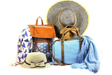 Simi Accessories Corp in Toronto: Wholesale summer accessories