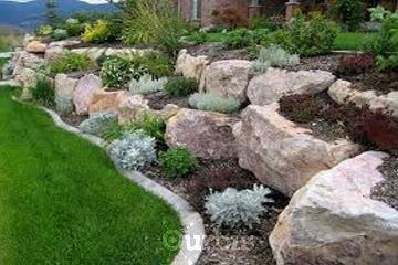 Kalagan Outdoor Design à VERNON: Landscaping