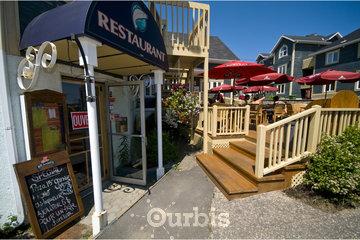 Hôtel Motel Béluga Inc à Tadoussac: resto auberge du lac/beluga