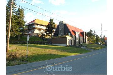 Motel Loupi Inc à Rivière-du-Loup: vue de la rue