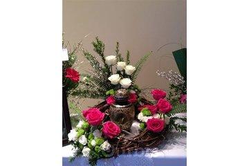 Aux Coeurs Fleuris Inc in Saint-Basile-le-Grand: Aux Coeurs Fleuris, Arrangement De Fleurs, Funérailles, (Montérégie, Montréal) 450-441-1008