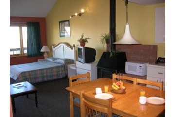Auberge Refuge Du Faubourg in Saint-Ferréol-les-Neiges: Studio mezzanine 1-6 pers.