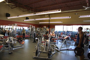Club Phoenix in Victoria: Co-Ed Weight Room