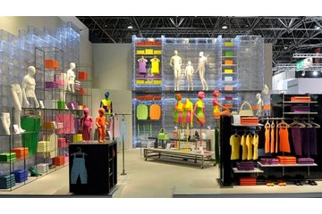 Groupe WMF Inc in Anjou:  furnitures window mannequin display racking