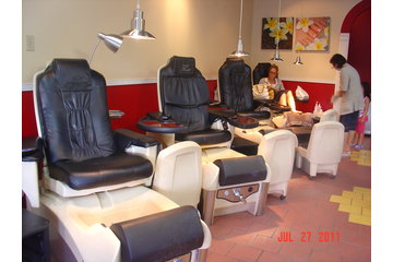 Rainbow Nails Salon - Westview Shopping Centre in North Vancouver