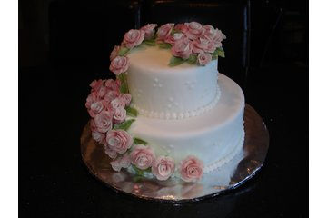 """""""Say It With Cake!"""" in Guelph: 2 Tier Wedding Cake with Hand-Made Pink Fondant Roses"""