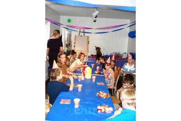 Art Works Art School in Toronto: Art Birthday Parties are great fun!