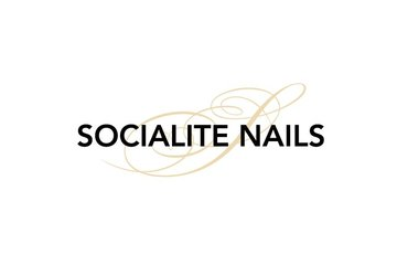 Socialite Nails