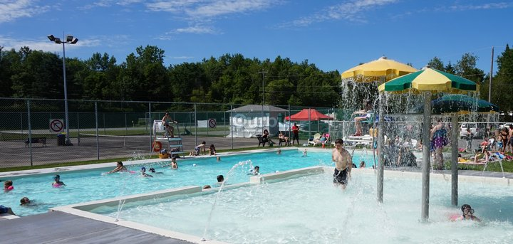 Camping choisy rigaud qc ourbis for Club piscine joliette inc