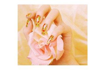 Phamtastic Nails & Spa