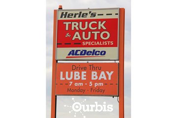 Herle's Truck & Auto Specialists in Lloydminster: Signage