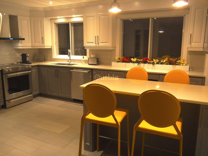 eb nisterie multi laques mirabel qc ourbis. Black Bedroom Furniture Sets. Home Design Ideas