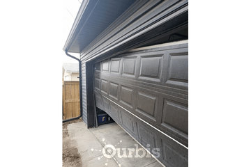 Advantage Garage Doors in calgary