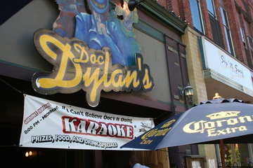 Doc Dylan's Grill & Ale House