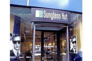 Sunglass Hut International à Montréal
