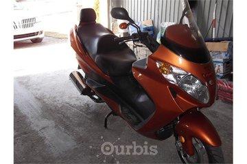 AUTO VTT MOTO A VENDRE in Sainte-Anne-des-Monts: scooter 150