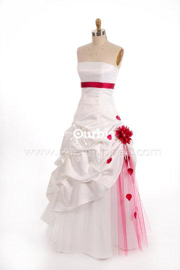... robe de bal et robe de mariée Québec à Québec: Robe de mariage