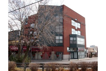 Innervate Health Care Centre in Thornhill: Innervate Health Care Centre