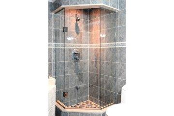 Quality Glass Shower & Mirror