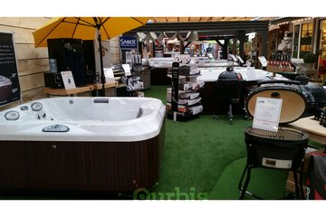 Jacuzzi Hot Tubs of Surrey
