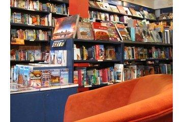 Ulysse la Librairie du Voyage in Montréal: Le plus grand choix de guides et de cartes