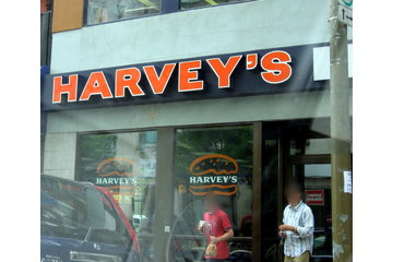 Restaurants Harvey's in Montréal