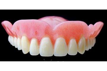 Clinique de Denturologie Michel Puertas in Brossard: prothèse-dentaire-complète-du-haut-dentier-français
