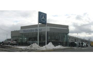 Mercedes-Benz Canada Inc à Greenfield Park