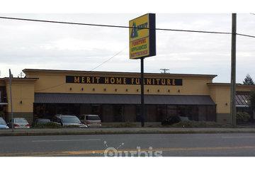 Merit Furniture & Appliance Warehouse in Nanaimo: Photo