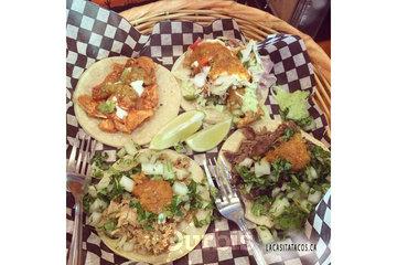 La Casita Tacos in Vancouver: バンクーバーに来てから すごくタコスが好きになった