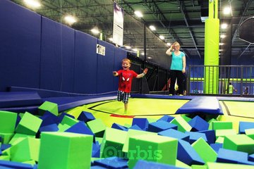 Air Riderz Trampoline Park in Mississauga