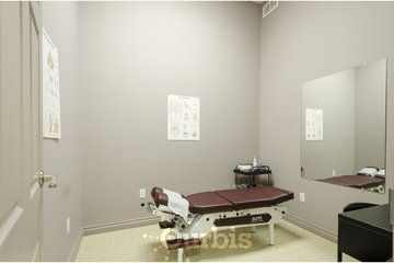 Form & Function: Health, Performance, Wellness, Centre in brampton: treatment room