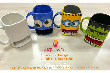 Art Haven à OTTAWA: dunk mugs painted by different customers
