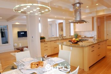 Lonetree Kitchens and Bathrooms in Vancouver