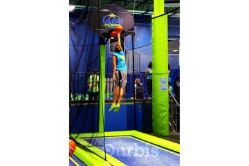 Air Riderz Trampoline Park in Mississauga: Basketball
