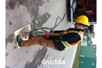 Gestimo Signalisation Inc. à Chambly: Forage et installation de poteaux de signalisation