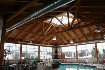 Auberge Du Draveur à Maniwaki: Piscine / Pool